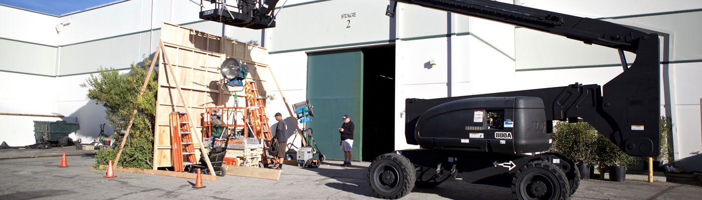 21-Studio-Stage-Rental-Boom-Lift-Grip-Lighting-Set-Wall